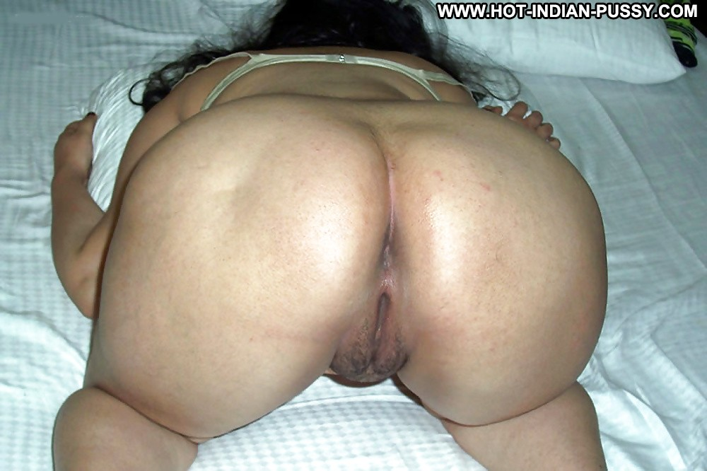 pussy her spread indian aunty fat