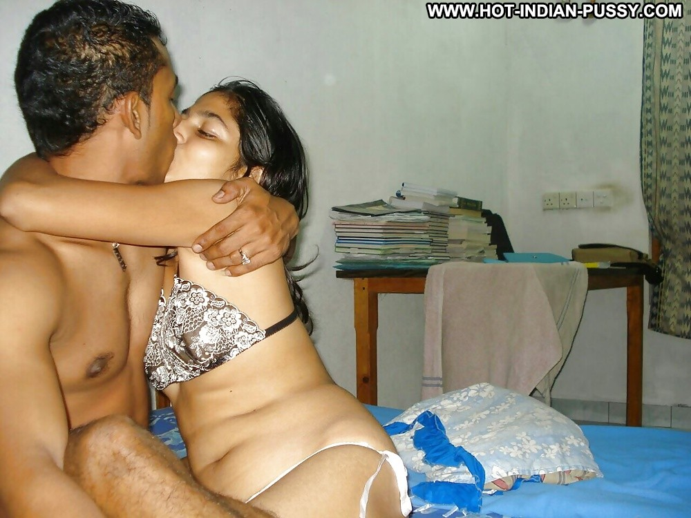 Indian girls honeymoon nude pic collection in hd