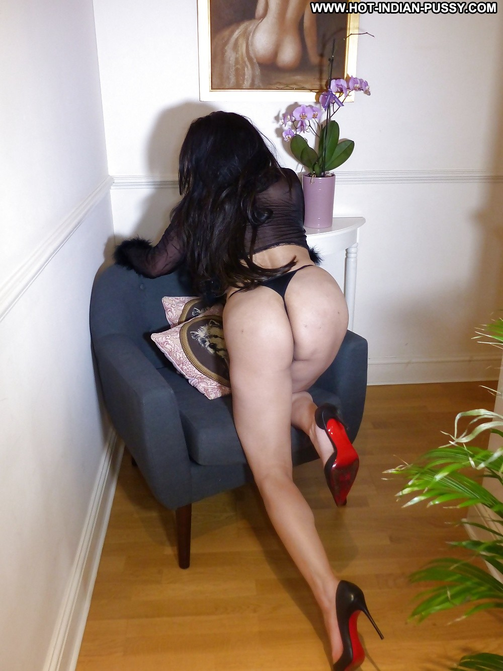 image Uk london milf with black hair has a shower for your comment