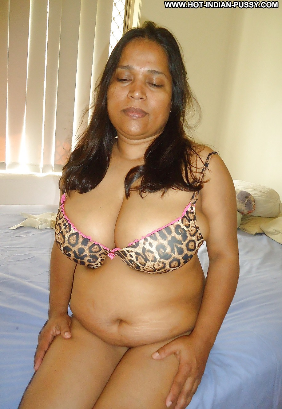 Indian Tube XXX Desi Porn Videos Hot Women Sex from India