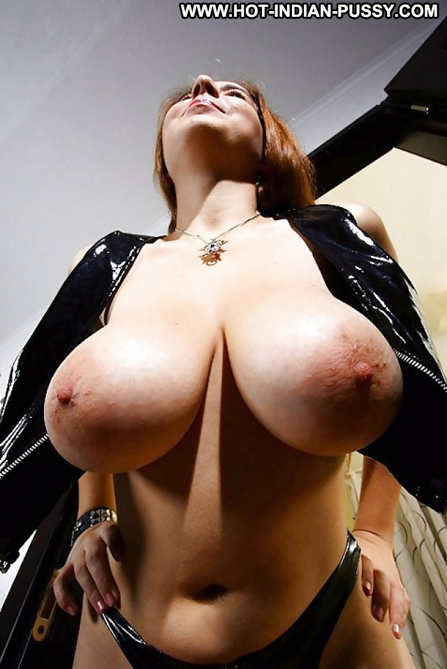 Private Tits