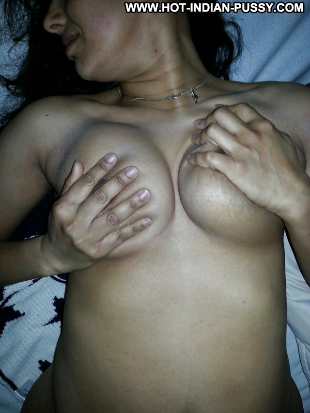 Buena Private Pictures Hairy Amateur Tits Hot Indian