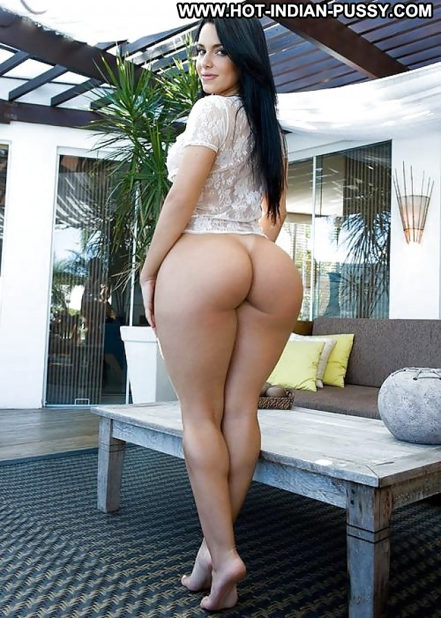 Chubby Indian Pussy-1023